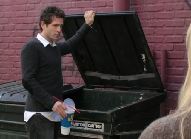 File:3x01 The Gang Finds a Dumpster Baby 01.png