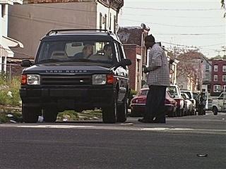 File:2x3 Dennis and Dee Go on Welfare - Drug Dealer.jpg