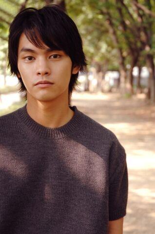 File:Yuya-Yagira.jpg
