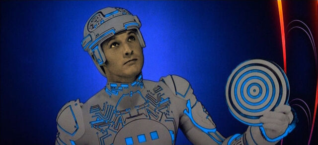 File:Tron with his disk.jpg