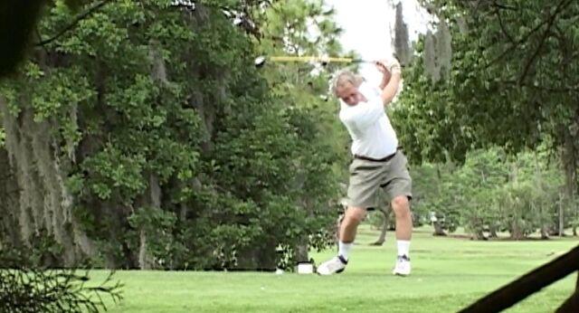 File:Golf Course Airhorn .jpg