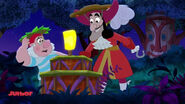 Hook& Smee-Tiki Maskerade Mystery