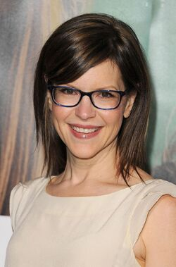 Lisa-loeb-in-enlightened-large-picture