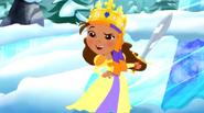 Izzy-Queen Izzy-bella10
