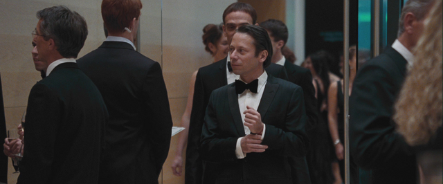 File:QoS - Greene arriving at the Opera.png