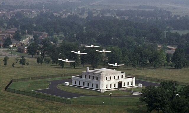 File:Goldfinger - Flyover Fort Knox.jpg