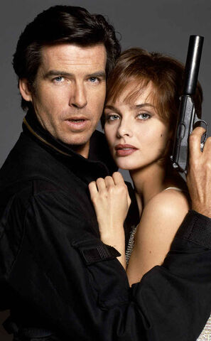 File:Natalya and Bond 3.jpg
