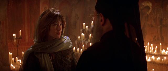 Fichier:Elektra avec le prêtre.png