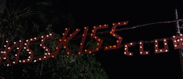 File:The Kiss Kiss Club (Nassau, Bahamas) 3.png