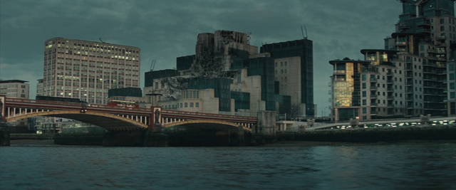 File:Wrecked SIS building - Spectre (2015).png