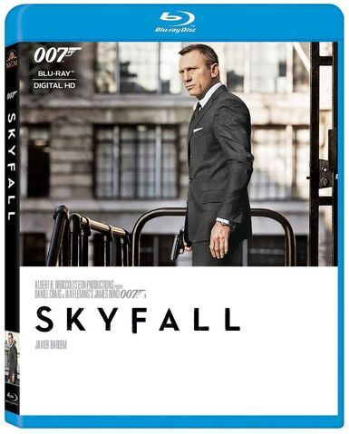 File:Skyfall (2015 Blu-ray).jpg