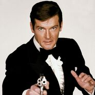 James Bond (Roger Moore) - Profile