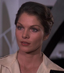 Holly Goodhead (Lois Chiles)