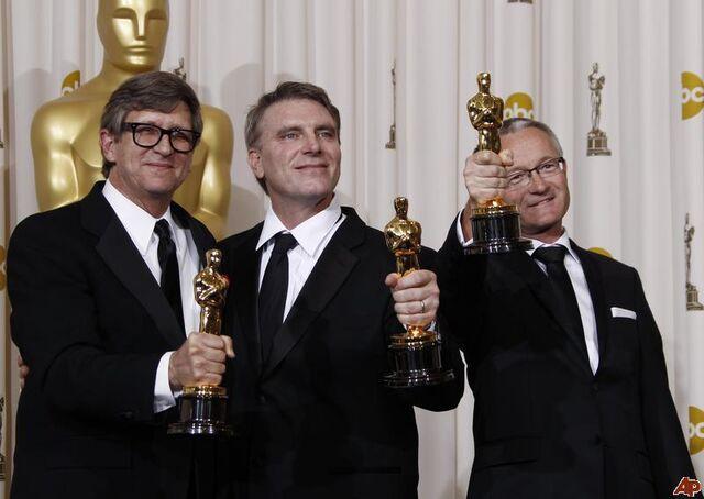 File:Robert Stromberg (Oscars).jpg