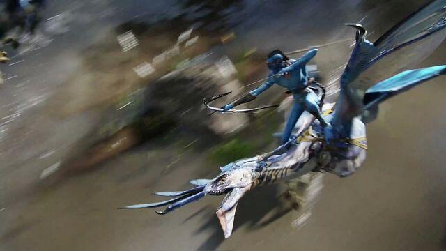 File:Tsu'tey in Flight.jpg