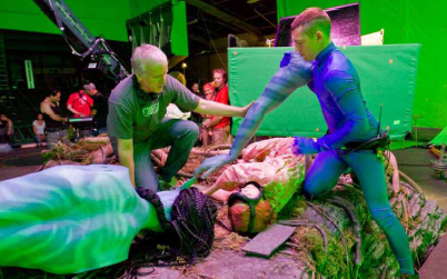 File:Behind the scenes of grace's death.png