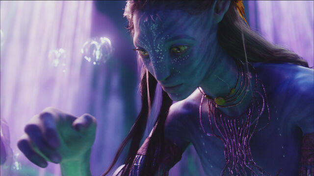 File:Neytiri.TreeOfSouls.screencap.jpg