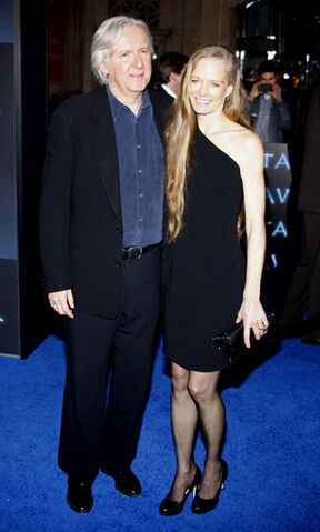 File:James and Suzy-3.jpg