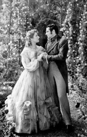 File:Elizabeth-Bennet-Mr-Darcy-2-pride-and-prejudice-1940-24439413-374-587.jpg