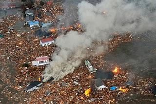 File:Japan-tsunami-earthquake-photo-stills-010.jpg