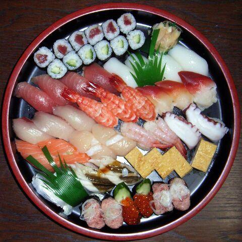File:Squared circle sushi-7648.jpg