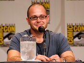 800px-Damon Lindelof at the Comic-con