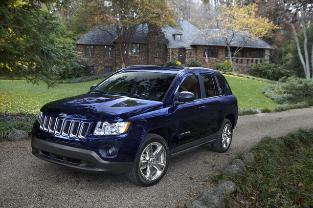 File:2011-Jeep-Compass-16.jpg