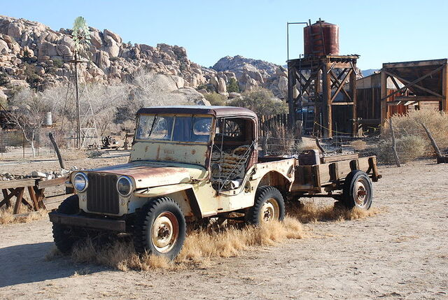 File:Desert Queen Ranch - Willy's Jeep.jpg