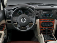 2007 Commander dashboard