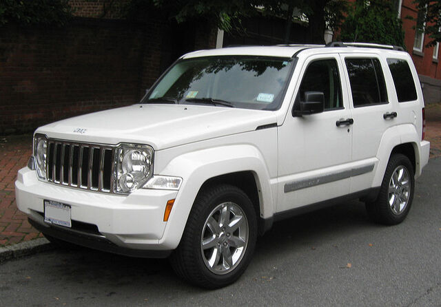 File:2nd Jeep Liberty ..jpg