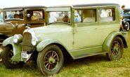 Whippet 2-Dörrars Sedan 1927
