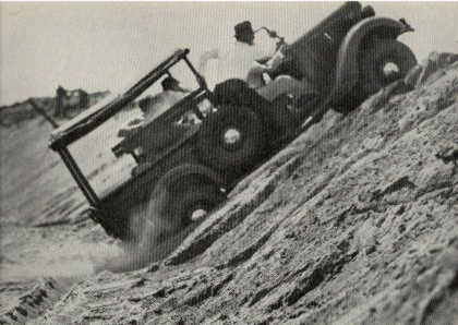 File:Marmon-harrington-ford-4wd.jpg