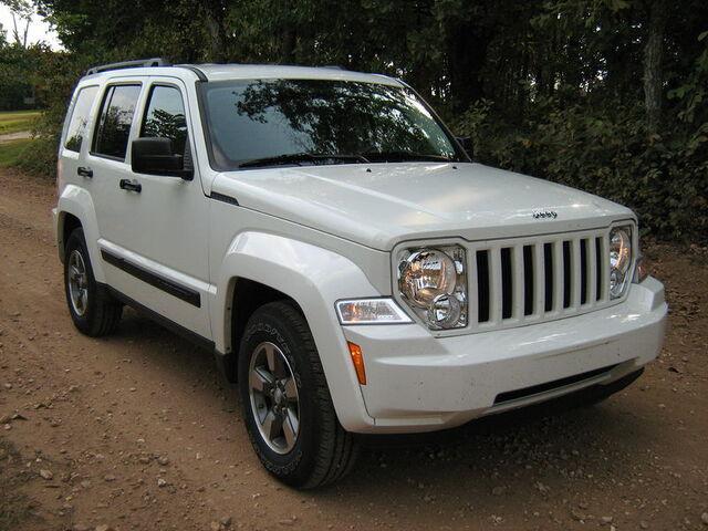 File:2008 Jeep Liberty KK white-f.jpg