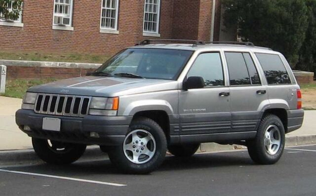 File:96-98 Jeep Grand Cherokee.jpg