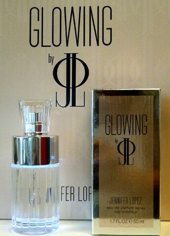 File:Glowing by j lo ad-2.jpg