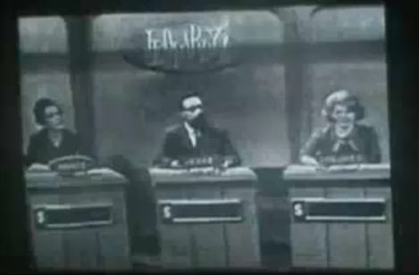 File:Jeopardy! 1970s Set-4.png