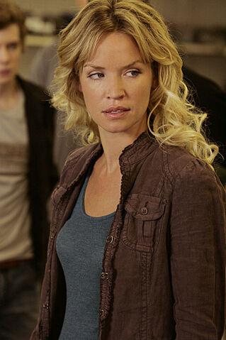 File:Jericho-season-2-episode-2-emily.jpg