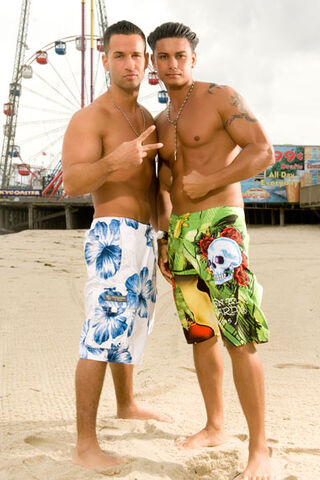 File:The-situation-and-pauly-d.jpg