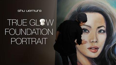True Glow Foundation Portrait