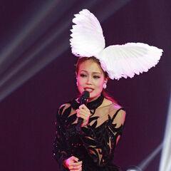 Malaysia Act 1;<br />Dress by <b>Valentin Yudashkin</b>,<br />Headpiece by <b>Arturo Rios</b>