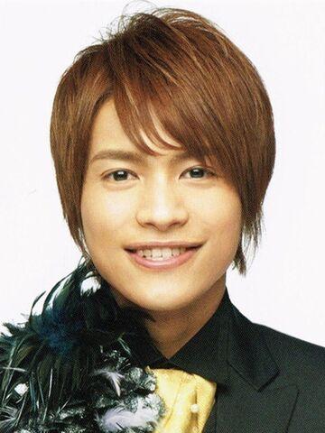File:Nakama-junta-2014-debut.jpg