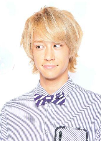 File:Hikaru 2011.jpg