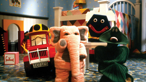 File:Johnson McDuff Diesel & Alfred Bedroom-Scene.jpg