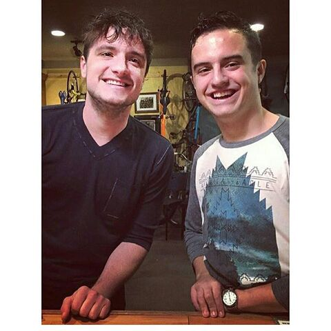 File:Josh and Connor (4).jpg