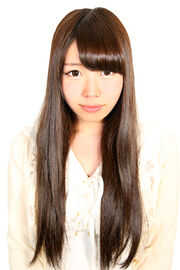 Hanashiro shiori 20150401 01 300x450px