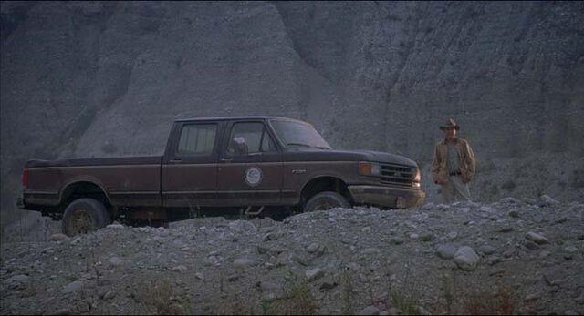 File:Ford f-250.jpg