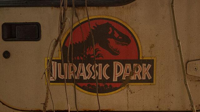 File:Original-jurassic-park-jeep-door.jpg