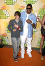 Justin Bieber and Usher arrive at Nickelodeon's 2009 Kids' Choice Awards
