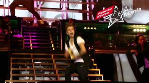 Justin Bieber - Biebermanía - Motorola RAZR D1 y RAZR D3