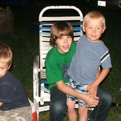 Ryan, Justin and Brandan Bieber